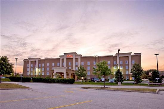 Photo of Hampton Inn & Suites Cedar Rapids - North