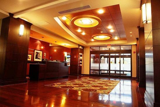 Photo of Hampton Inn Suites Detroit-Canton