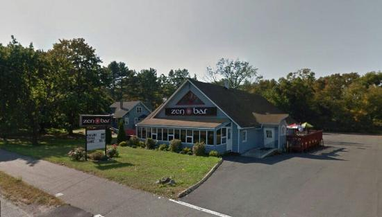 Plainville, CT: Zen Bar