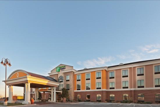 Wolfforth, TX: Hotel Exterior