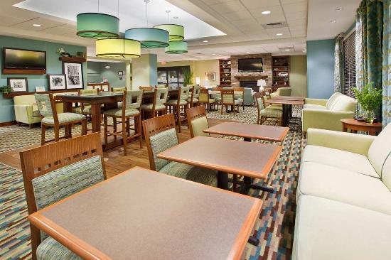 Advance, Carolina del Norte: Perfect Mix Lobby