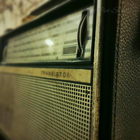 Old Radio in the lobby