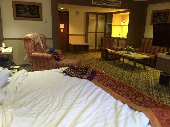 Formosa Hotel: Suasana interior kamar dan ĺobby hotel