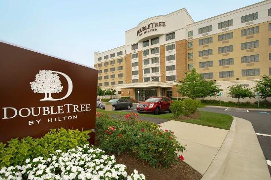 Cheap Hotels Near Reston Va
