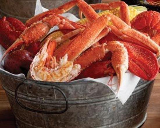 Photo of Seafood Restaurant Joe's Crab Shack at 504 E River St, Savannah, GA 31401, United States