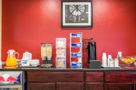 Rodeway Inn: Breakfast