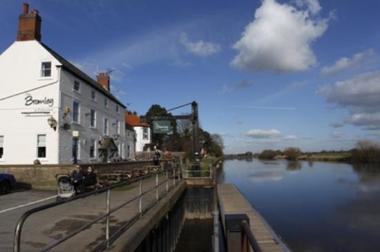 The Bromley at Fiskerton: Beautiful view from The Bromley