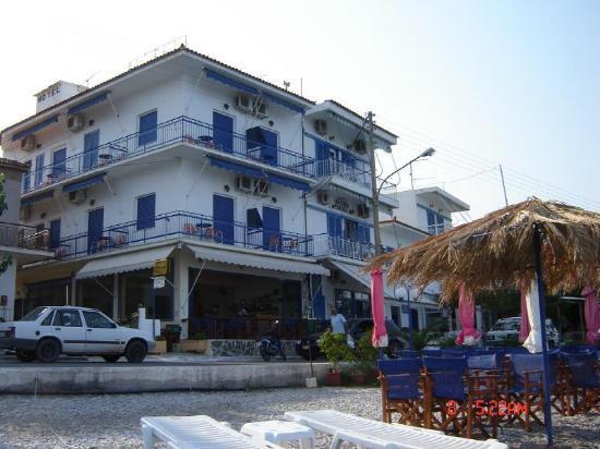 Tsakonia Hotel