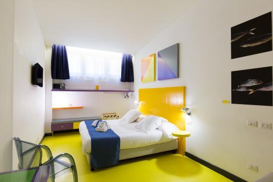 Hotel Correra 241