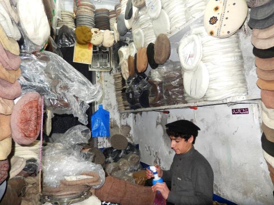 Qissa Khawani Bazaar: Pakool hat maker at work.!