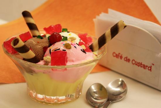 Cafe de Custard