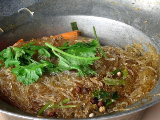 Gamelle de p tes d licieusement parfum es coriandre ail et for Ayutthaya thai cuisine