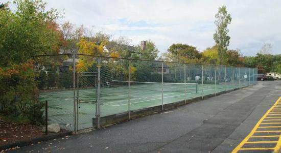 Eastwood at Provincetown : Tennis Court
