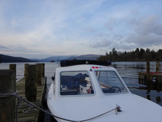 Bowness-on-Windermere, UK: Mystic electric day boats