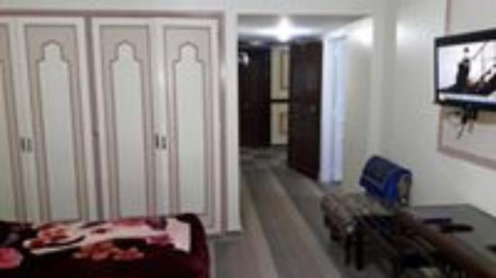 El Hussein Hotel: hussien hotel after reniew