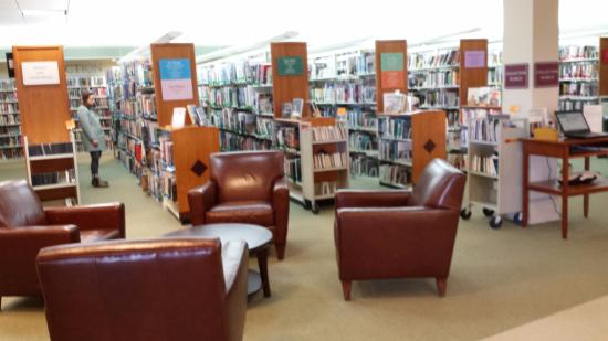 Camden Public Library: Comfortable Seating To Read Your Books