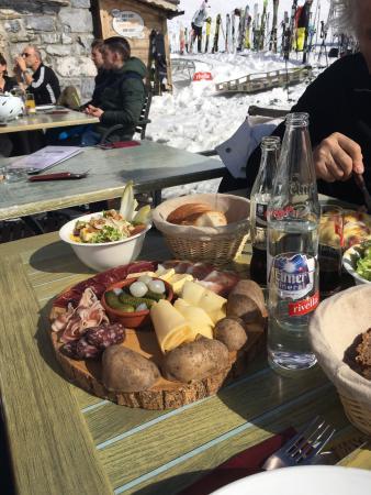Restaurant le toupin champery restaurantanmeldelser for Champery restaurant