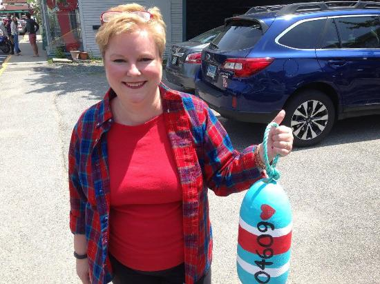 Jesup Memorial Library: Buoy painting class at the library