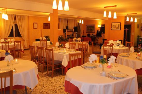 Rois, Испания: salón de banquetes
