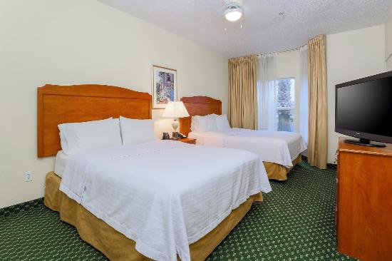 Homewood Suites by Hilton Corpus Christi: Two Queen Suite Bedroom