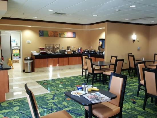 view from the back rooms of the hotel picture of fairfield inn rh tripadvisor com