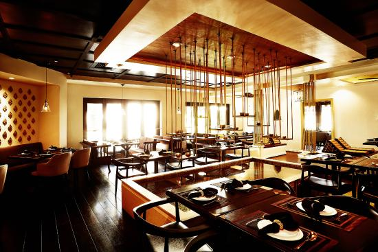 Noi Thai Cuisine: dining area