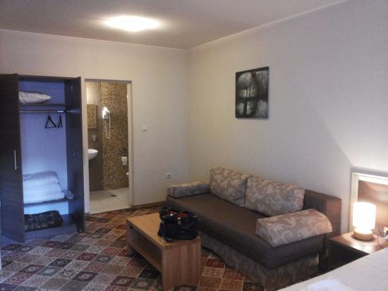 LaROKA Hotel