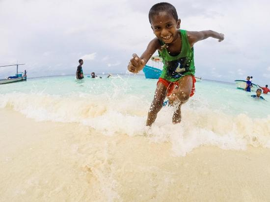 Lhaviyani Atoll: live like a local
