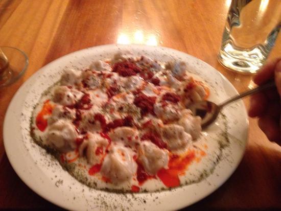 Sultan Kebab: Delicious Manti and Baklava!