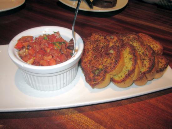J B Dawson's Restaurant & Bar: Bruschetta (half order)