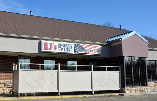 RJ's Sports Pub and Grille