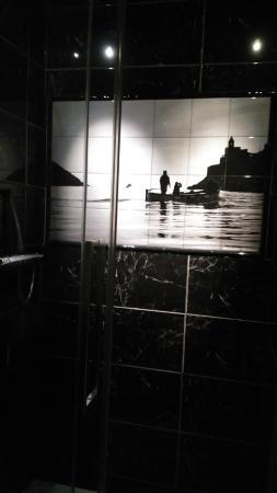 Michele Guest House : Carrelage de la douche. Photo prise par Michele le propriétaire