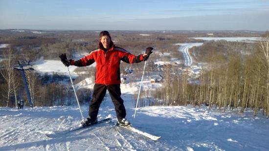 Iskitimskiy District, Ρωσία: Вид с горы на юго-западный склон - противоположный от трасс и подьёмников