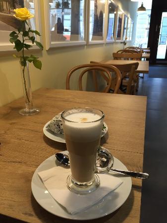 Cafe Lisa