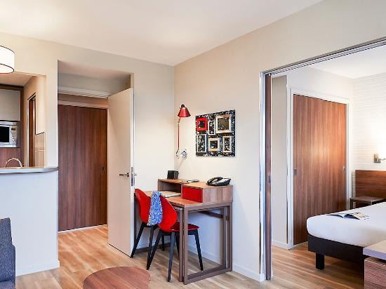 Adagio birmingham city centre one bedroom apartment for Apart hotel adagio