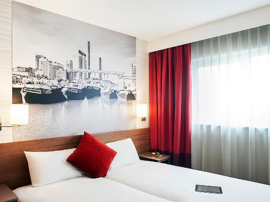 Aparthotel adagio birmingham city centre england for Adagio hotel appart