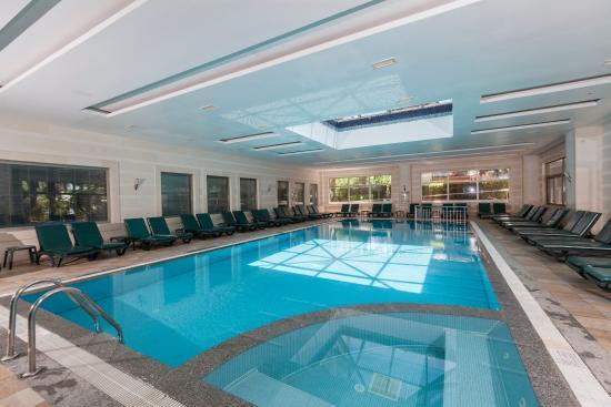 PrimaSol Hane Garden: Hane Garden Indoor Pool