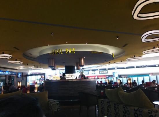 Oval Bar