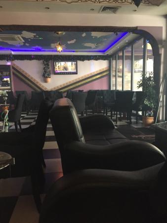 Shesha Cafe & Restaurant