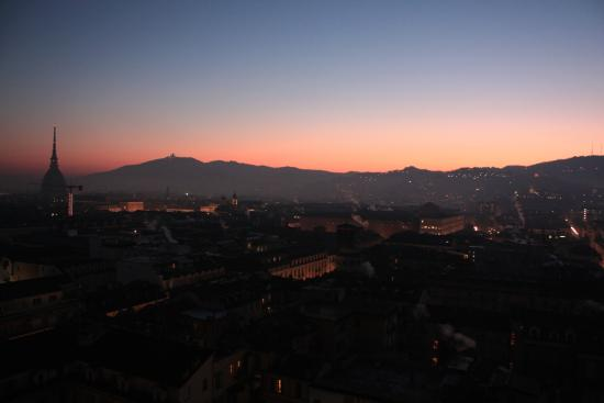 Hotel Principi di Piemonte: The city at dawn as seen from our suite