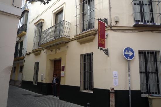 La Casa del Pozo Santo: dans une rue piétonne et très calme