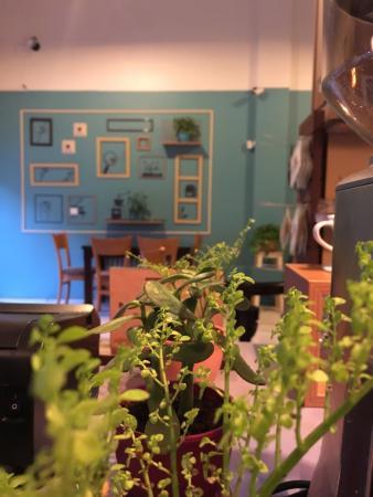 Raya Cafe