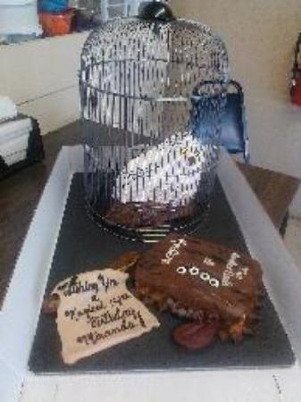 Isle, มินนิโซตา: A Birthday Cake request