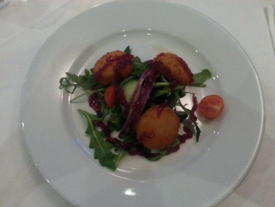 Briscola Restaurant and Wine bar: Goats cheese