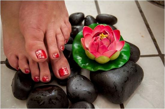 More Creative Nail Art On Toes With Gel Overlay Picture Of Zelexa
