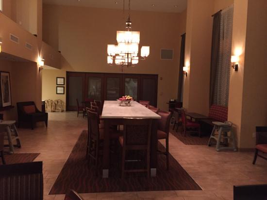 Hampton Inn & Suites Harrisburg North: photo1.jpg