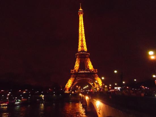 Picture Of Eiffel Tower, Paris