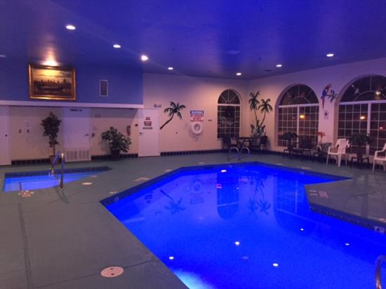 Prospector Hotel and Casino: Pool Area