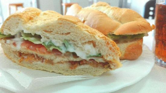 KM.5 Panaderia Cafeteria