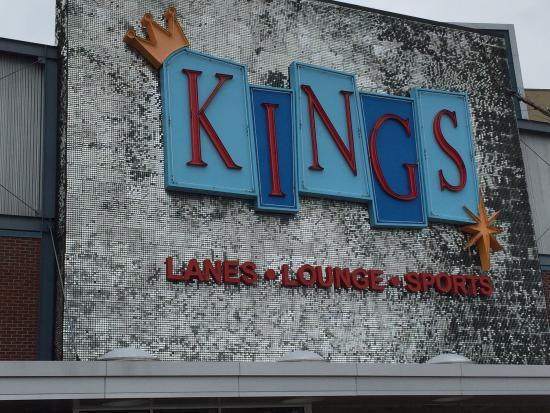 Kings Dining & Entertainment : Kings Rosemont